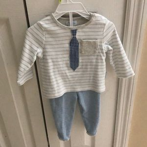 Super cute tie baby boy outfit